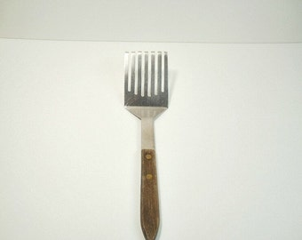 Vintage Stainless Slotted Spatula Turner Flipper, Kitchen Utensil, Cooking Ware, Serving Ware
