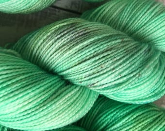 Green Hand Dyed Yarn,Oberon from Midsummer's Night Dream, Indie Dyed Yarn,Fingering Weight,Merino wool,100 gram,Toad Hollow yarns