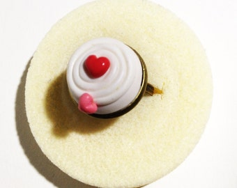 Connecting Cream of Hearts polymer clay ring
