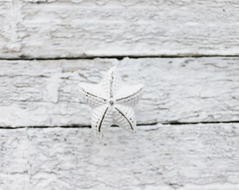Drawer Pull Knobs-Dresser Pull-Cabinet Pulls-Shabby Chic White Starfish Knobs-Cupboard Handles-Rustic Chic Home-Furniture Hardware