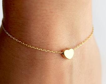 Heart Bracelet - Dainty Heart Charm Bracelet, Chain Bracelet, Custom Personalized Bridesmaid Gift, Gift for Her Heart Bracelet Wedding Gifts