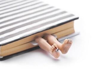 Dead man bookmark. Creepy legs bookmark unusual and funny gift for friend, men, him, dad, boyfriend, teen boy, brother.