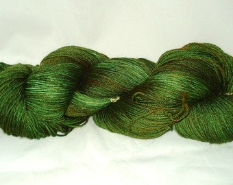 Avacado Tonal Umpqua Hand Dyed Fingering Weight Sock Yarn 4 oz  433 yards