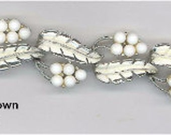 Vintage Signed Coro White Glass and Rhodium Plated Bracelet