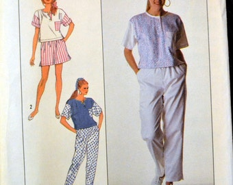 Vintage Sewing Pattern Simplicity 9160 Misses' Pants, Shorts, and Top in size Petite UNCUT  Complete