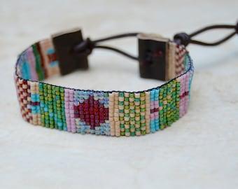 Hand Loomed Delica Beaded Leather Bracelet . South Western . Cream . Turquoise . Friendship Bracelet