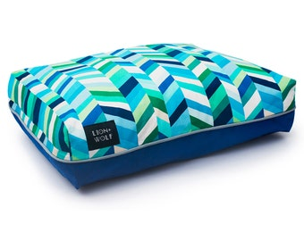 Chevron Dog Bed – Sea Glass | Removable Dog Bed Cover including Pillow Insert | Luxury Pet Bed from Lion + Wolf