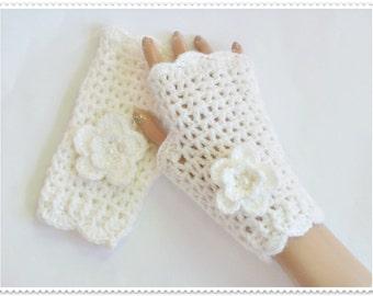 Crochet Gloves, White gloves, Fingerless gloves, Crocheted gloves, Mittens, Crochet mittens, White knit mittens, Women gloves, Wist warmers
