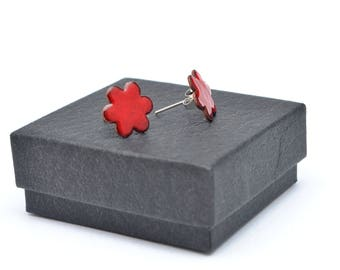 Bright red flower enamel stud earrings
