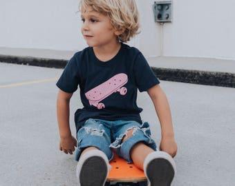 Skateboard - Kids T-shirt - Gender Neutral Kids
