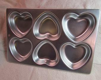 Wilton Mini Heart Shaped Cake Pan