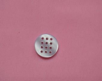 a round button rebroder