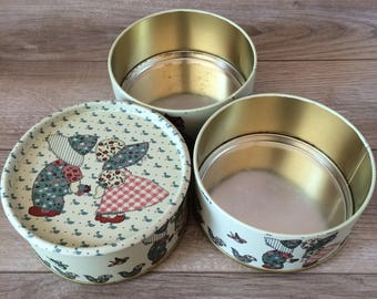 Set of 3 Vintage Tin Containers / Tin Boxes Tower / Holly Hobbie Style / 1980's - Taiwan / Country Decor / Tin Storage canisters, bins