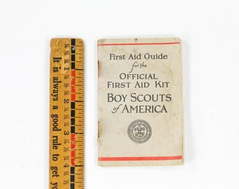Vintage Boy Scout First Aid Guide Book - BSA Instruction Booklet Book from First Aid Kit 1926 - Harry Gentles