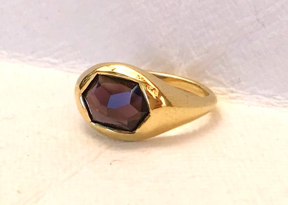 Purple spinel and solid 18k gold unisex ring