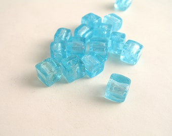 10 handmade glass beads 8mm turquoise silver cube