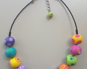 Color balls necklace