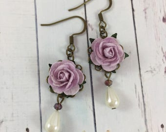 Flower and Pearl Earrings with Pastel Purple Roses // Affordable Spring Fashion // Bridesmaid Gift Idea for Weddings