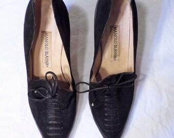 VINTAGE Manolo Blahnik Lace Up Black Court Shoes