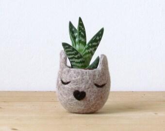 Felt succulent planter / 7th anniversary gift / Small succulent pot / Cat  / Personalized planter / Cat person gift