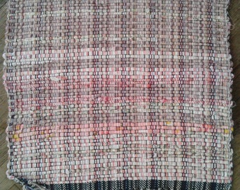 Hand woven placemats bright pink
