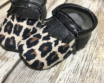 Leopard Print Moccs- Handmade Moccs // Baby Moccs // Moccasins // TEXAS MOCCS // Baby Moccasins