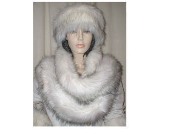 Faux fur long scarf (throws)