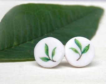 Leaf earrings, nature earrings, stud earrings, leaf stud earrings, summer earrings, polymer clay earrings, polymer clay studs, gift for girl