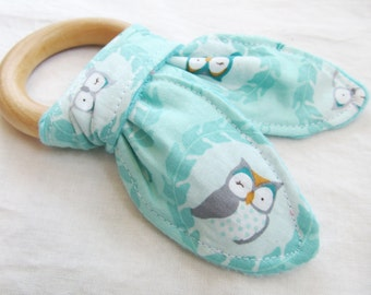 Natural Wooden Teether with Crinkles - Les Amis Owls in Soft Aqua with Minky Dot - New Baby Gift - Natural Teething