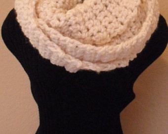 Cream Cowl., Women's Scarf, Infinity, Winter Scarf, Crocheted Scarf, Fashion Scarf
