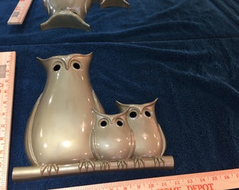 Syroco wall hanging of owl trio from 1975