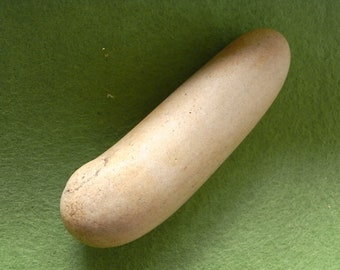 Phallic Representation in quartzite Stone - Erotic Stone - Figurine Very Rare and Very Old - Sculpted and Polished - Prehistoeic tool -