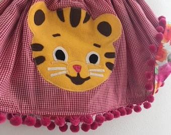 DANIEL THE TIGER Skirt - Reversible Skirt - Daniel The Tiger Party - Daniel The Tiger Birthday - Tiger Costume - Twirly skirt