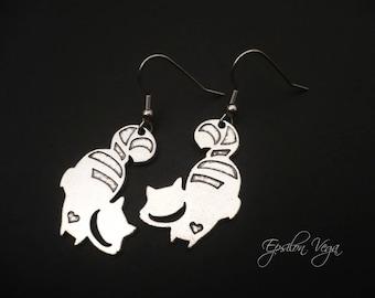 Alice in Wonderland earrings - silver cheshire cat