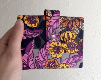 Pretty Floral Wallet - Midsize Cash and Card Wallet with Change pouch