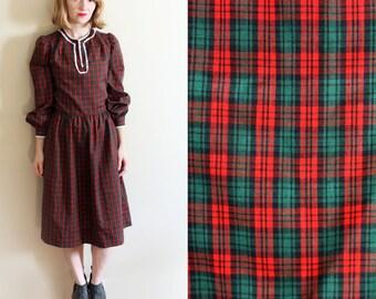 vintage dress 70's christmas plaid red green crochet trim handmade 1970s womens clothing size small s