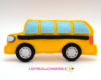 Felt SCHOOL BUS, stuffed felt School Bus magnet or ornament, School Bus toy, Technics, Vehicles, Nursery decor,School Bus magnet,kids toy