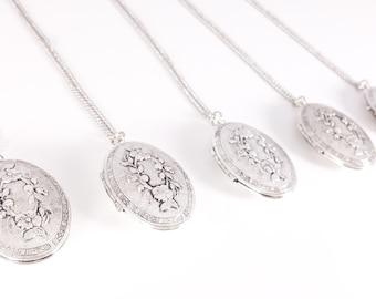 Five Antique Silver Vintage Locket - Locket Necklace - Bridesmaid Locket Necklace - Bridesmaid Necklace - Flowergirl Locket Personalized