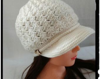 Women's Newsboy Hat / Women's Crochet Hat / Brimmed Beanie Hat / Fall Accessories / Winter Fashion / Women's Winter Hat / Crochet Winter Hat