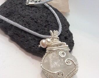 wire wrapped quartz nugget pendant necklace