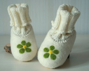 Organic felted knitted ivory white green wool baby girl shoes Slipper Socks flower - Baby christening boots  - Baby Size 4,5 - Ready to ship