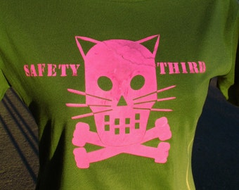 Kitty Crossbones Concussion SAFETY THIRD  Womens olive army tshirt Skull Safety 3rd shirt pink custom handmade silkscreen etsyBRC burningman