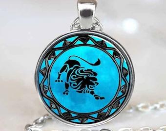 Leo Pendant , Leo Zodiac Pendant , Leo zodiac Necklace , silver (PD0318)