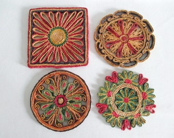4 Trivets Hot Mats Straw Raffia Square and Round Red Green Yellow Eggplant Basket Wall Boho Vintage