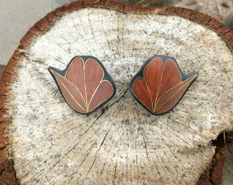Gold and wood earrings Vintage 1980s jewelry