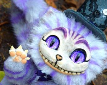 Cheshire Cat girl (Alice in Wonderland)