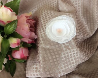 Pink flower 6 cm in white chiffon with seed beads