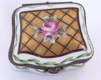 Limoges Trinket Box Peint Main PV, Vintage Limoges France Jewelry Box, Hand Painted Rose on Porcelain