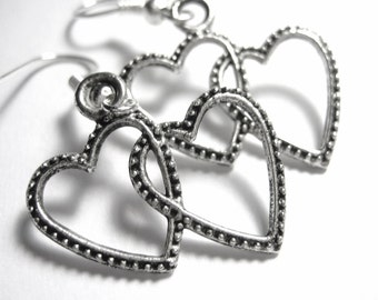 Intertwined Heart Silver Charm Earrings 101