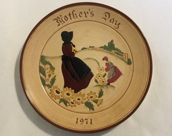 """Vintage Stumar Glen View Pottery """" Mother's Day 1971 """" Plate"""